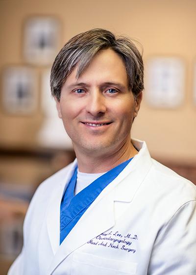 Michael Rhodes Lee, MD headshot