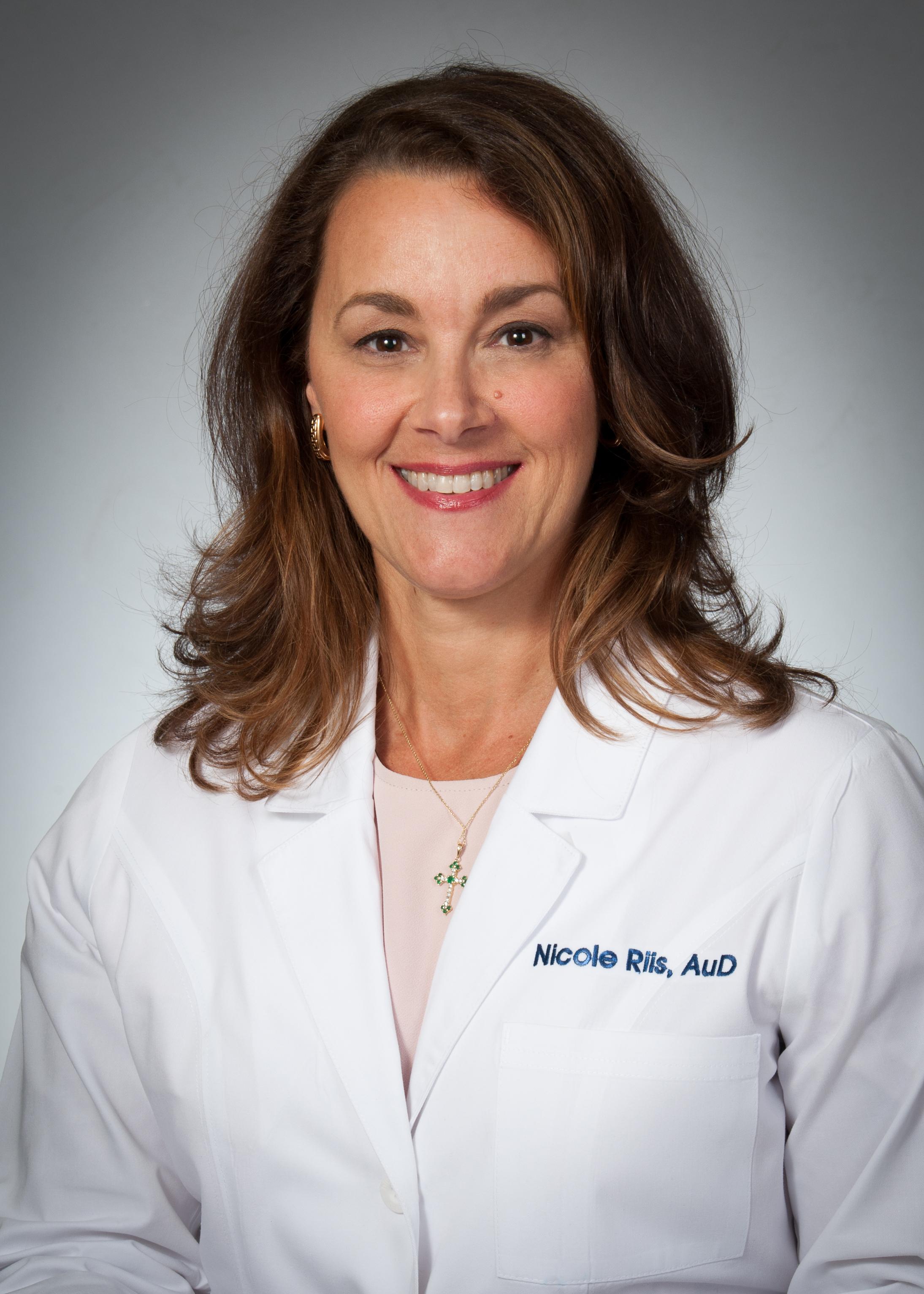 Nicole Riis, AuD headshot